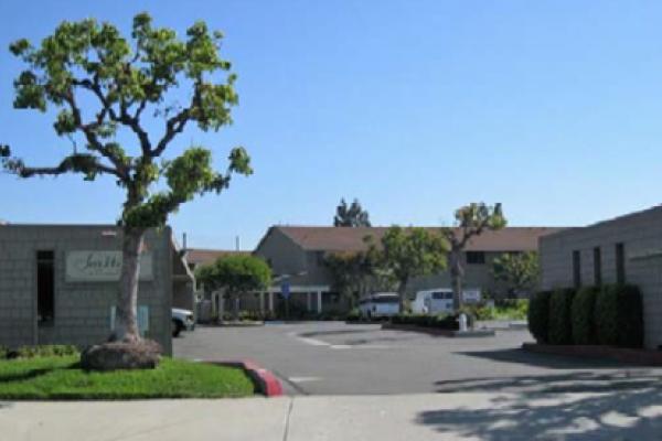 $3,000,000, Costa Mesa, CA, Apartment