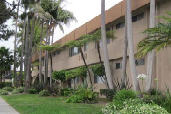 $4,200,000, Redondo Beach, CA, Apartment